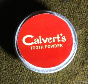 Tooth powder calverts