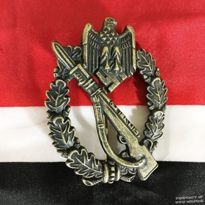 WWII German Infantry Assault Badge Bronze , ww2 reproduction