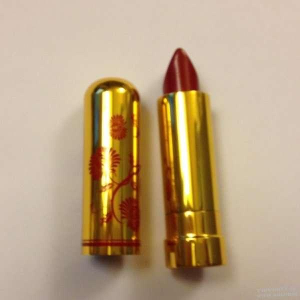 Besame Red Velvet Lipstick - WWII Soldier