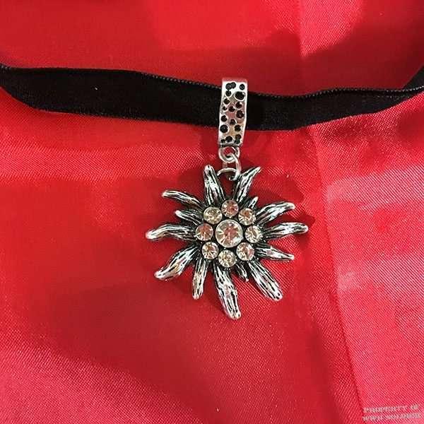 Edelweiss Velvet Necklace, ww2