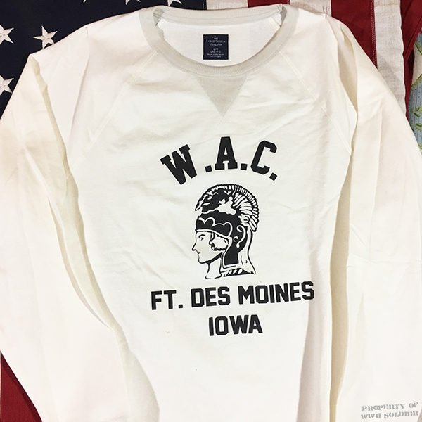 US Army WAC Ft. Des Moines Iowa Sweatshirt with V notch