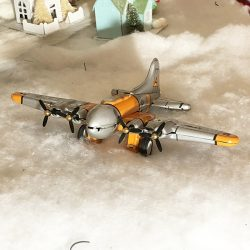 B17 airplane tin toy Flying Fortress Airplane